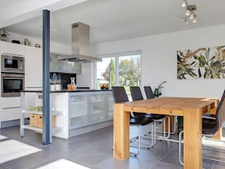 homify Mediterranean style kitchen