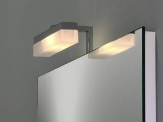 Badspiegel mit Spiegelleuchte: modern  von Schreiber Licht-Design-GmbH,Modern