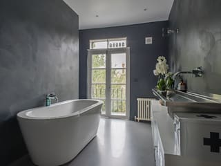 Full House Renovation with Crittall Extension, London HollandGreen Modern bathroom