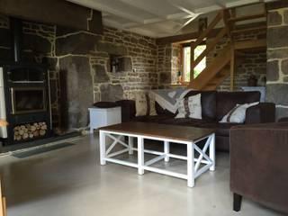 beton cire : Murs de style  par Atelier des sols