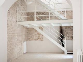 3C+M architettura Mediterrane Wohnzimmer
