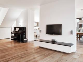 ... und weiß dominiert doch .... - Einfamilienhaus Straelen Klassische Wohnzimmer von Architektur I Stadtplanung Verhoeven Klassisch