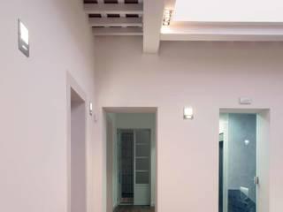ADECUACIÓN PARA NOTARIA, PUERTO REAL: Oficinas y Tiendas de estilo  de pxq arquitectos