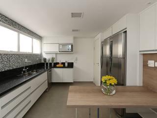Casa 2 Arquitetos Dapur Modern