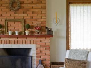 Liliana Zenaro Interiores Living roomFireplaces & accessories