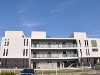 Modern houses by アトリエ・バウ 1級建築士事務所 Modern