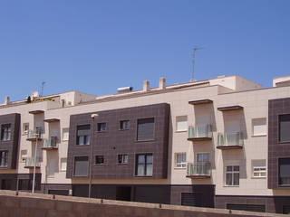 지중해스타일 주택 by MARTÍNEZ ANTÓN, ARQUITECTOS 지중해