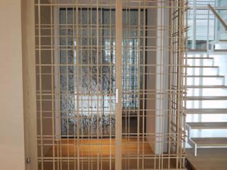 I house オリジナルな 窓&ドア の ATELIER A+A オリジナル