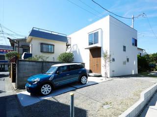 鎌倉の家 旗竿敷地に建つ中庭のある家 モダンな 家 の エトウゴウ建築設計室 モダン