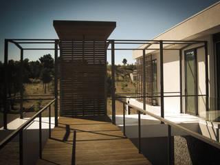 Habitação Unifamiliar Trancoso Casas modernas por ARKIVO Moderno