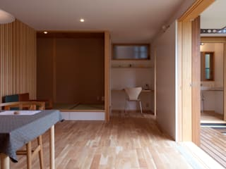 Salas multimédia modernas por 松原正明建築設計室 Moderno