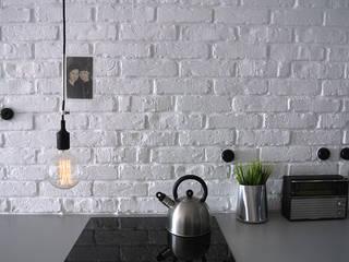 Lampa sufitowa imindesign z silikonową oprawką od IMIN Minimalistyczny