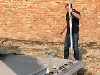 Levelling the pool: modern  by XL Pools Ltd, Modern