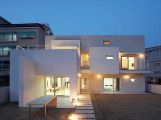 인천 검암동 주택: (주)건축사사무소 아뜰리에십칠의  주택