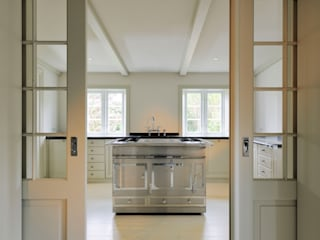 Kitchen by Ralph Justus Maus Architektur