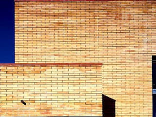 casa JULIO: Casas de estilo  de AGUA_architects