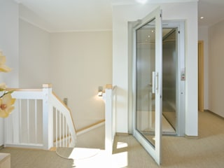 Country style corridor, hallway & stairs by Danhaus GmbH Country
