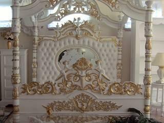 Engelhimmelbett - Barockhimmelbett aus Mahagoni Massivholz handgearbeitet, Antik-weiß mit Golddekor:   von Repro Antik Design GmbH & Co. KG