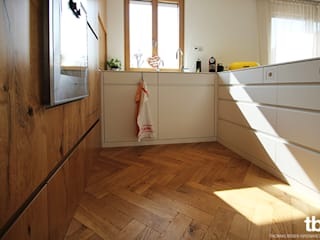 Cucina in stile  di tbia - Thomas Bieber InnenArchitekten