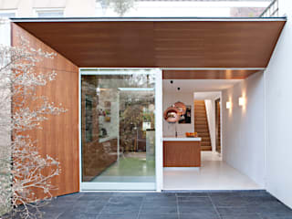Modern houses by Lab-S Modern
