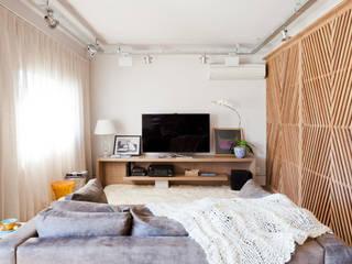 Apartamento Jardim Europa Salas de estar ecléticas por H2C Arquitetura Eclético