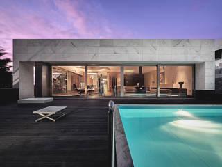 Albertina Oliveira-Arquitetura Unipessoal Lda Minimalist house