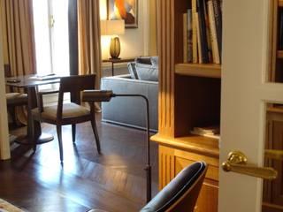 APPARTEMENT HAUSSMANNIEN PARIS VIII Fenêtres & Portes classiques par Christine Fath architecte d'intérieur CFAI Classique