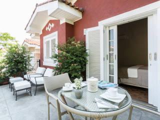 Boutique Arquitetura Balkon, Beranda & Teras Modern