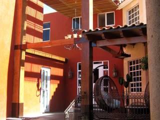 Remodelación, ampliación Casa AL Balcones y terrazas eclécticos de IPALMA ARQUITECTOS Ecléctico