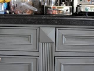klassische Landhausküche: landhausstil Küche von möbelwerkstatt hamkens GbR