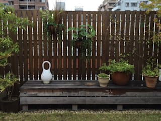 株式会社ムサ・ジャパン ヴェルデ Eclectic style balcony, veranda & terrace