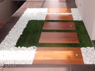 Corridor, hallway by Jardineria 7 islas