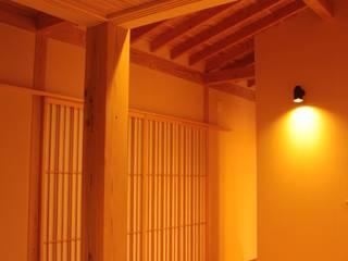 里山の麓の家 : 一級建築士事務所 CAVOK Architectsが手掛けた家です。