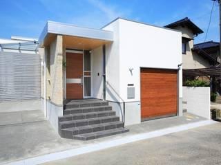 シンプルでモダンな平屋の家: ヒロ・デザイン・ラボが手掛けた家です。