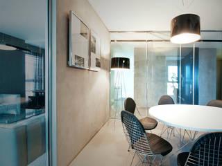 Biuro w wieżowcu  Qatro Towers Gdańsk : styl , w kategorii  zaprojektowany przez TG STUDIO