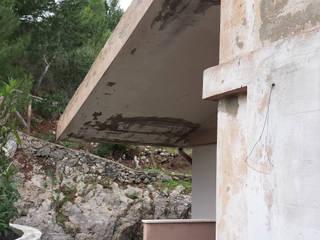 Rifacimento facciate e consolidamento:  in stile  di Studio Tecnico 360° Geom. Federica Calvisi