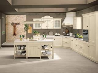 Italienische Landhausküche von Küchenstudio Golla GmbH Landhaus