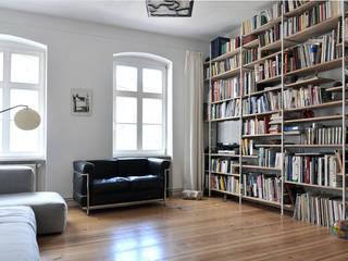 Berlin Apartment Minimalistische Wohnzimmer von D/Form Gesellschaft für Architektur + Städtebau mbH Minimalistisch
