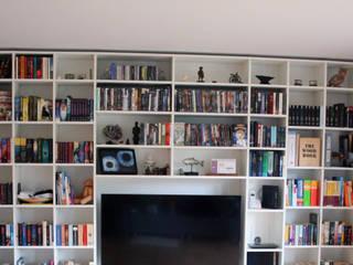 Bücherregal:   von Lico Design