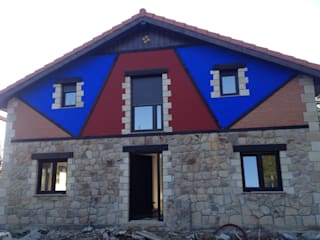 Reabilitación de una vivienda antigua: Casas de estilo  de Casastar Global Building S.L.