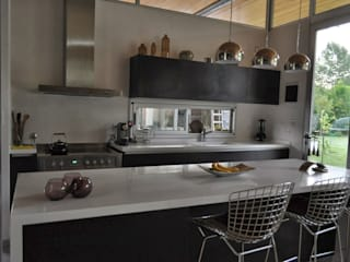 Classic style kitchen by Baltera Arquitectura Classic