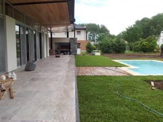 Jardin de style  par Baltera Arquitectura, Classique