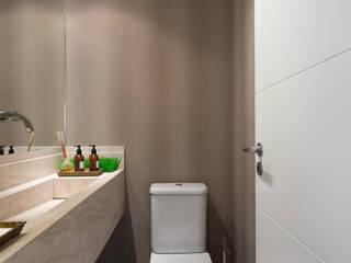 Karen Pisacane 現代浴室設計點子、靈感&圖片