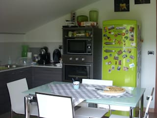 cucina/pranzo: Cucina in stile in stile Moderno di CATRIN INTERIOR DESIGNER
