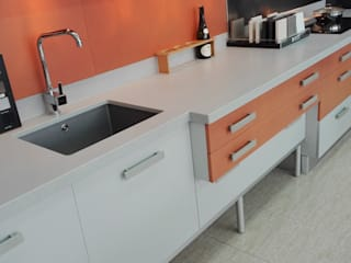 modern Kitchen by COCINAS Y BAÑOS A. ROSELLÓ