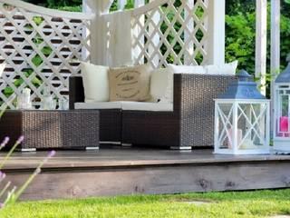Letnie patio - Jaworze: styl , w kategorii Taras zaprojektowany przez Studio Mirago,