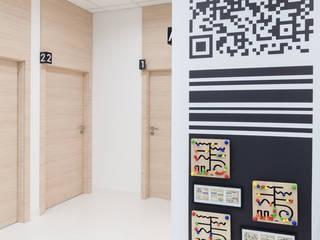 Modern clinics by Kraupe Studio Modern