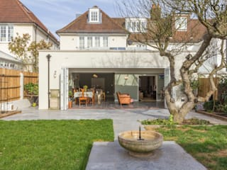 House extension and transformation, Wandsworth SW18 Country style house by TOTUS Country