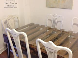 Dining table from salvage pallet:   by The Pallet House