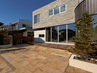 Asahi D オリジナルな 家 の 清正崇建築設計スタジオ オリジナル